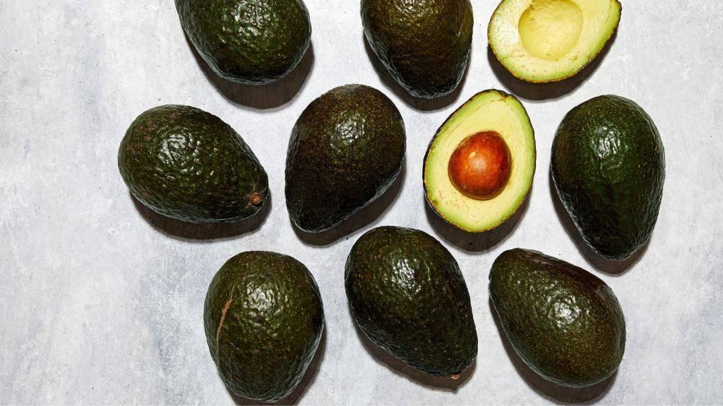 Как чистить авокадо: пошаговая инструкция, советы и рекомендации