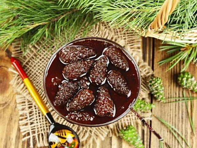 Чем полезны кедровые орехи для организма женщин