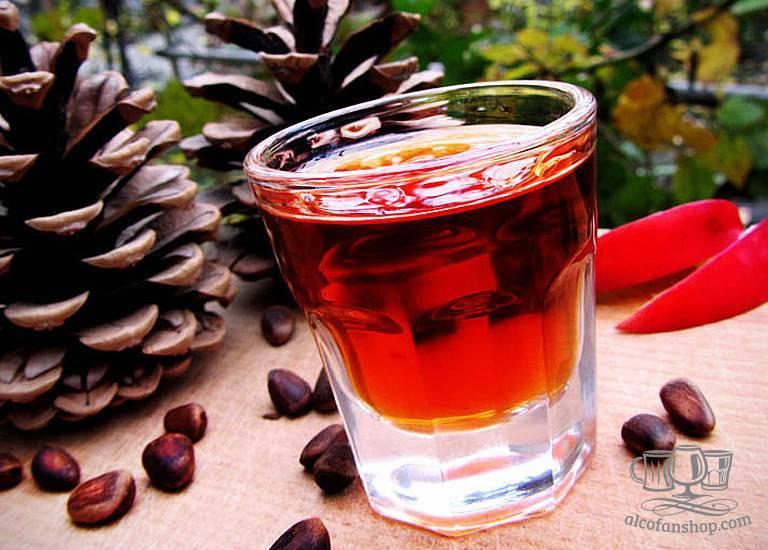 Настойка на кедровых орешках: рецепты на водке и на спирту
