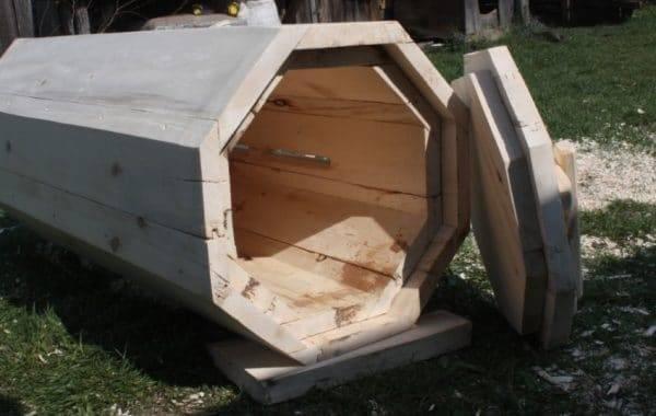 Колода для пчел: как сделать пчелиную колоду своими руками по чертежам? особенности и размеры разборных вертикальных колод и других моделей