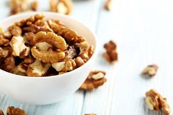 Чем полезны грецкие орехи при беременности