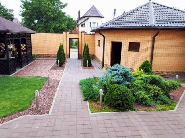 Превращаем двор частного дома в сказку — фото ландшафтного дизайна