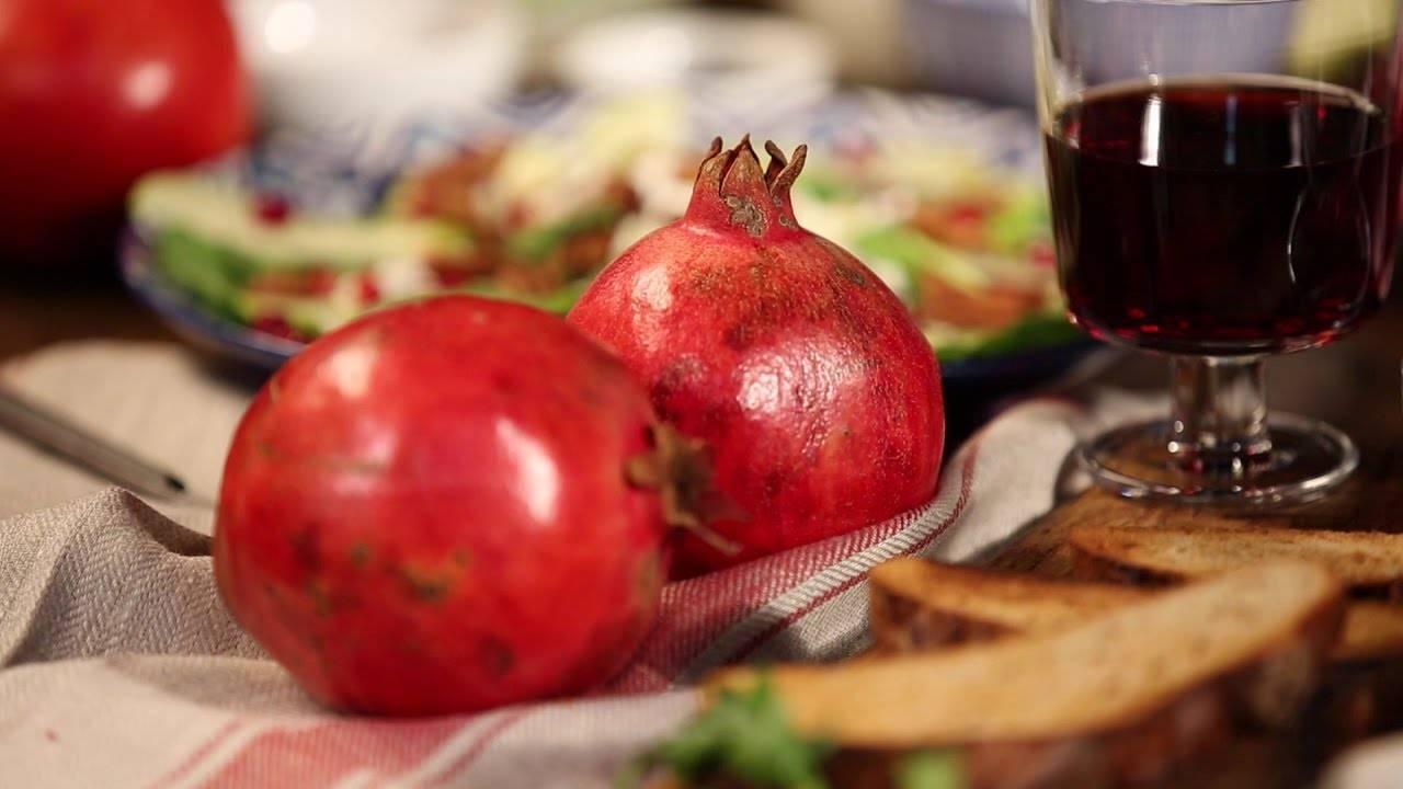 Гранат: в чем польза и вред фрукта и его косточек