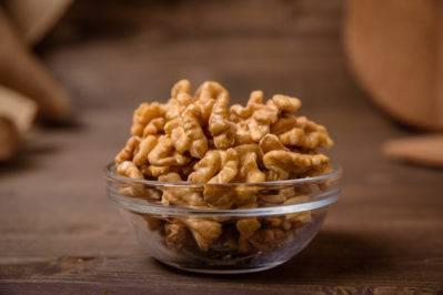 Как употреблять миндальный орех с пользой для организма?