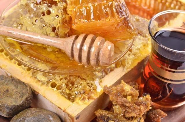 Мед с прополисом: как приготовить, принимать, польза меда в сочетании с прополисом