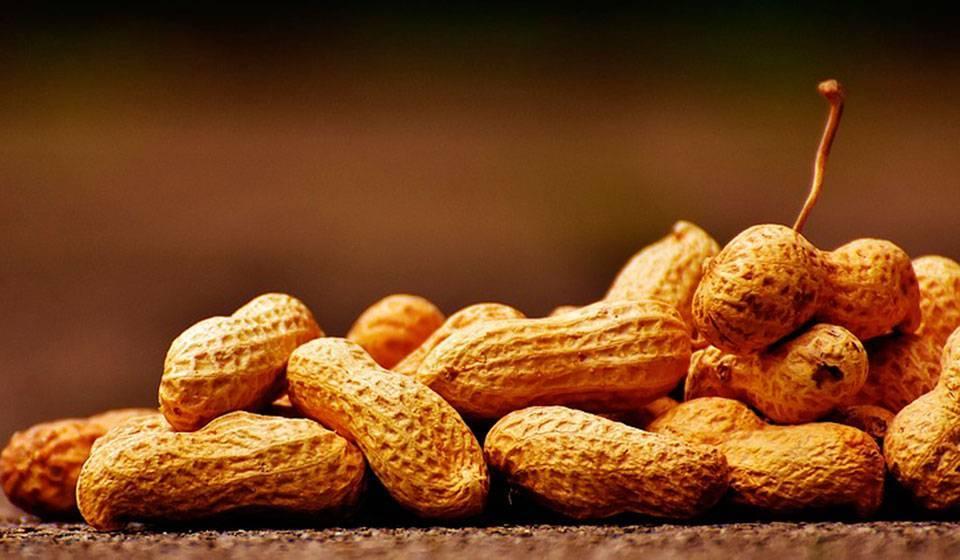Чем полезен арахис для женщин после сорока-пятидесяти лет