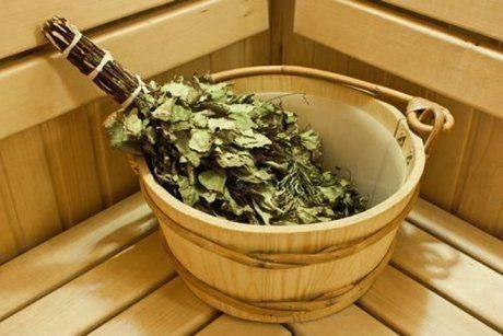 Веник из крапивы для бани: польза и вред