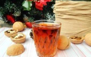 Настойка перегородок грецкого ореха: применение, лечебные свойства, польза и вред