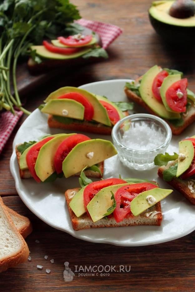 Паштет из авокадо для бутербродов быстро