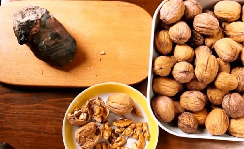 Как чистить грецкие орехи — 3 способа правильной очистки грецких орехов от скорлупы в домашних условиях