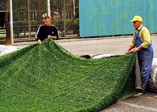 Как правильно уложить искусственный газон своими руками