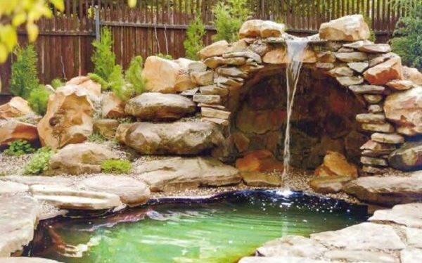 Советы по устройству декоративного пруда с водопадом в саду своими руками