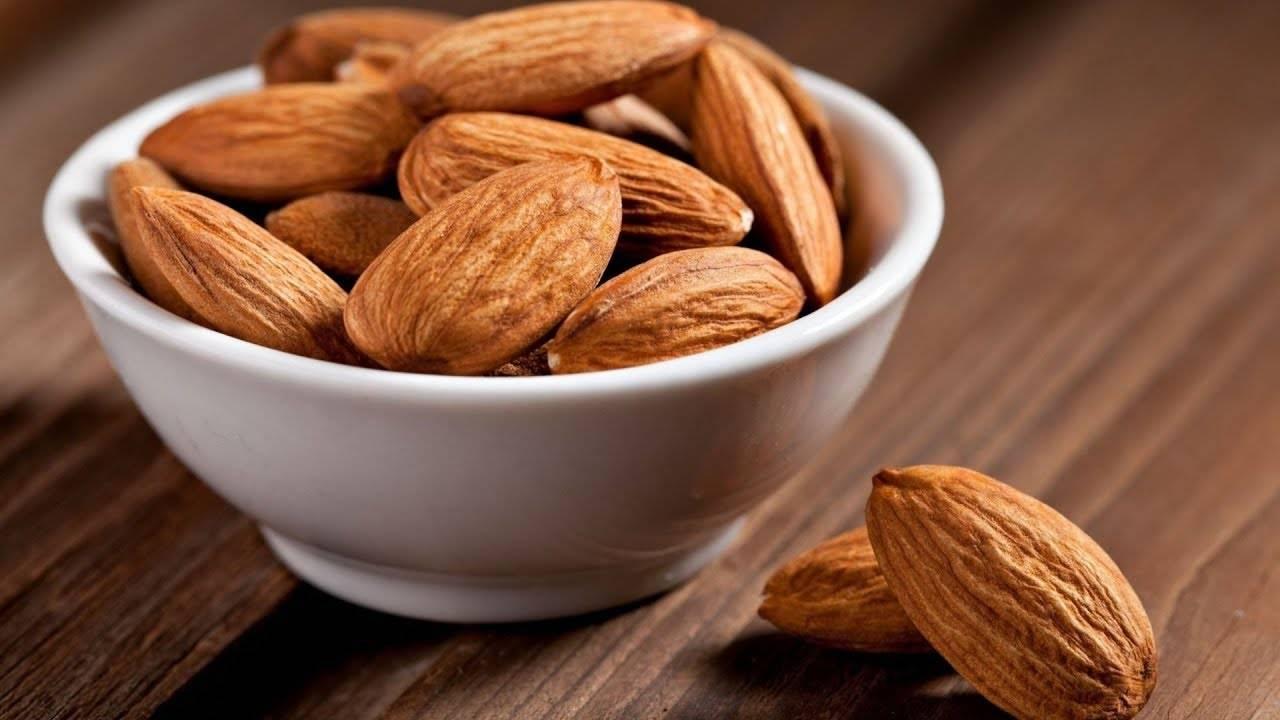 Миндальный орех — обсудим пользу и вред миндаля для организма человека