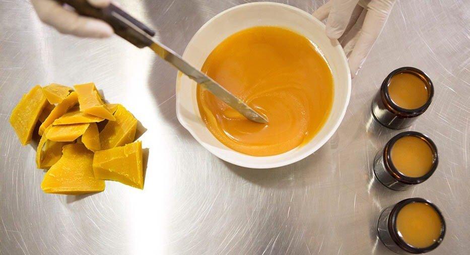 Как принимать маточное молочко в гранулах?