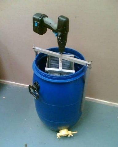 Как сделать медогонку своими руками видео. самодельная медогонка из стиральной машины