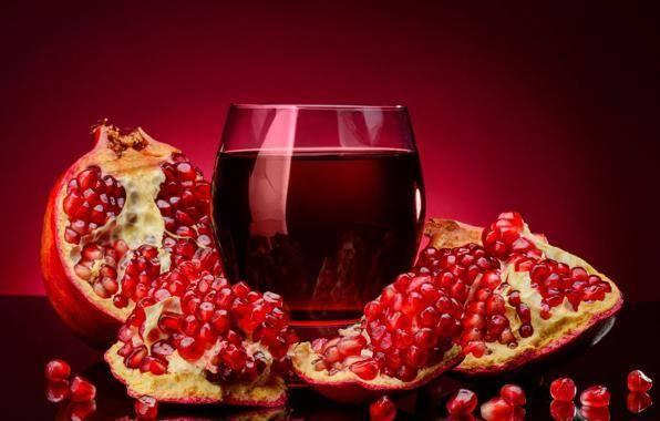 Гранатовый сок повышает давление или понижает?