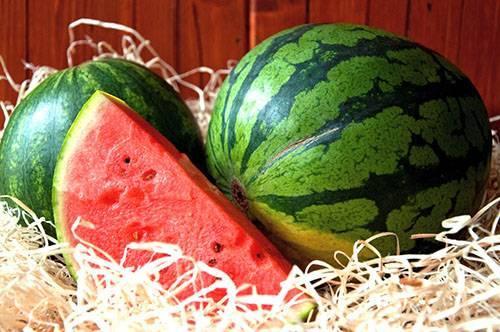 Сколько можно и как правильно хранить арбуз в домашних условиях