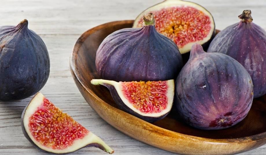 Инжир сушеный – польза и вред для организма, лечебные свойства, противопоказания и калорийность