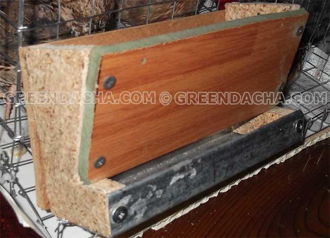 Как изготавливается бункерная кормушка для перепелов?