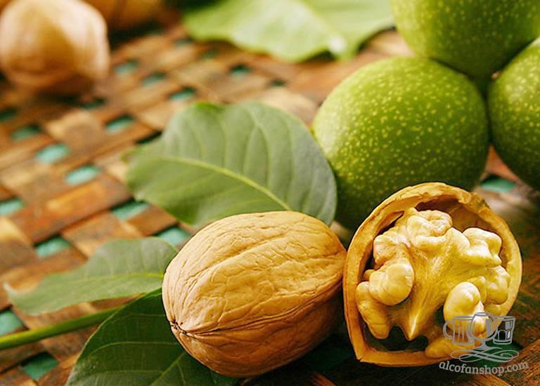 Как принимают грецкий орех с медом: рецепт для мужчин
