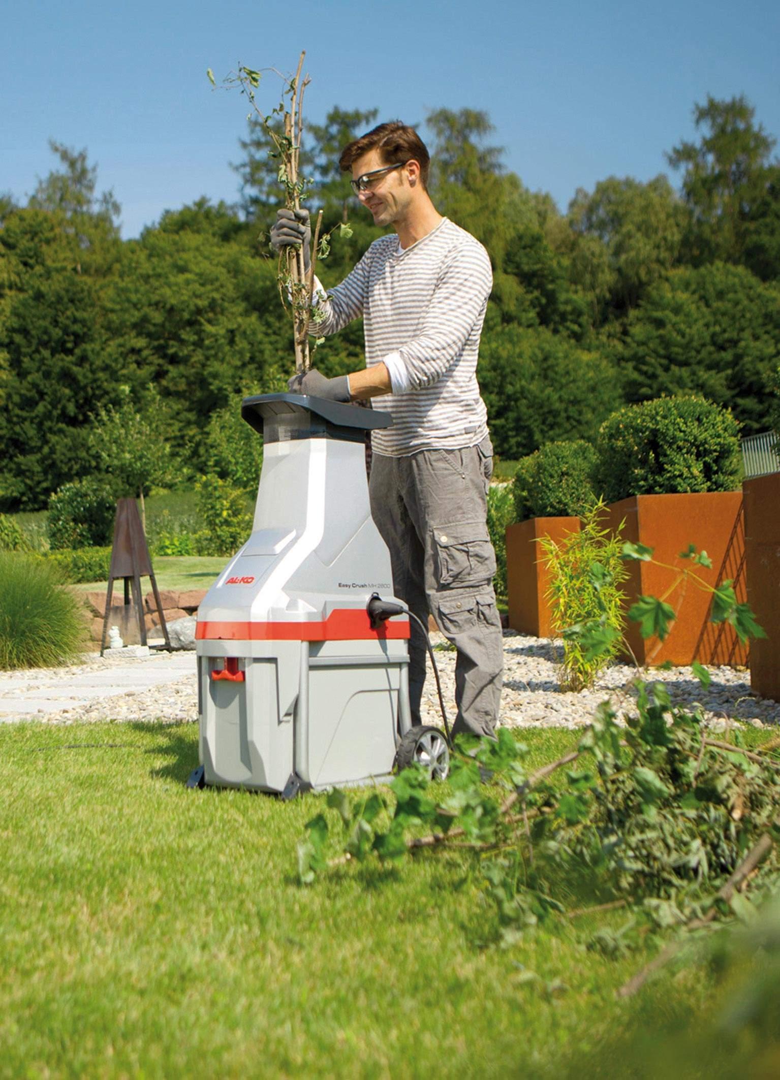 Садовый измельчитель для травы и веток: как выбрать лучший