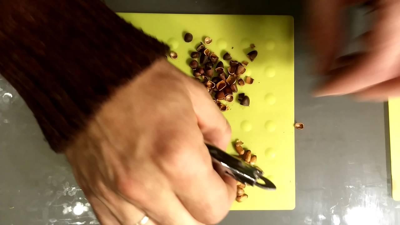 Как чистить кедровые орехи в домашних условиях - разные способы чистки этих орешков от скорлупы + фото и видео