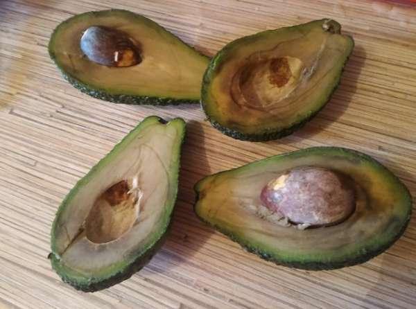 Мякоть авокадо потемнела можно есть
