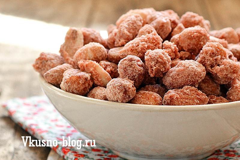 Жареный арахис в сахаре