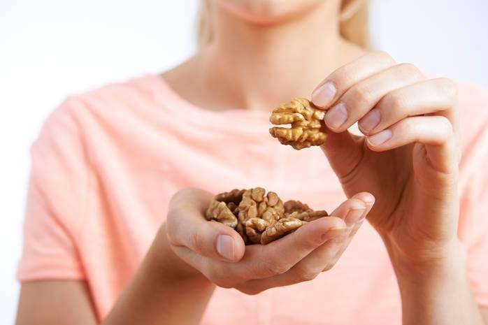 Можно ли есть орехи при грудном вскармливании и какие