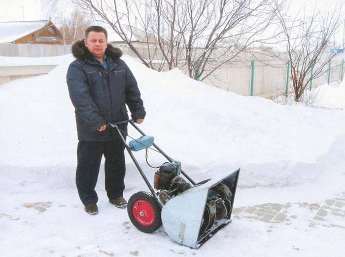Шнековый снегоуборщик: модели, изготовление своими руками